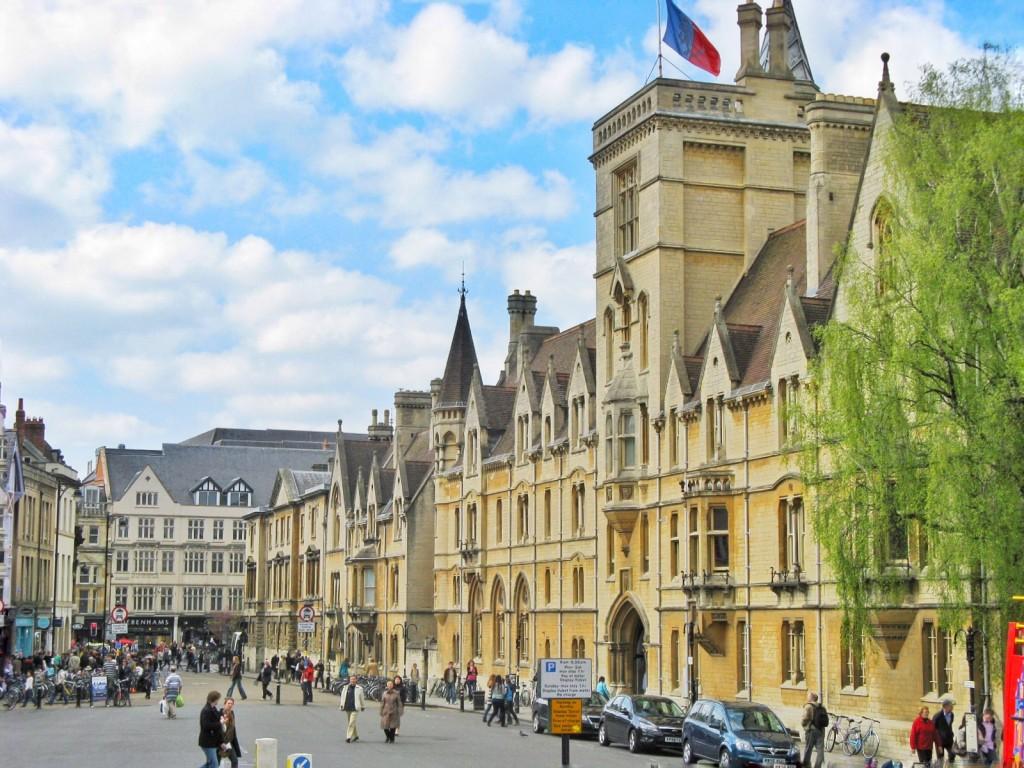 Călătorii de o zi din Londra: Castelul Windsor, Palatul Hampton Court și Oxford